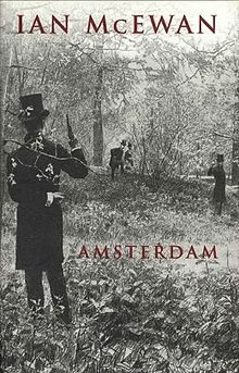 Book cover: Amsterdam - Ian McEwan (two pistol duellists)