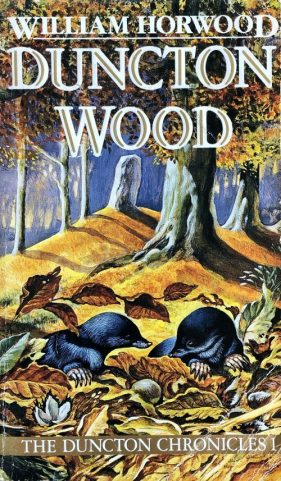 Book cover: Duncton Wood - William Horwood